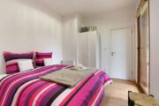 Master bedroom in de Woody Lodge