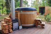 Hot tub bij de tiny houses op de Veluwe