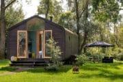 Wikkelhouse aan de rand van de Biesbosch