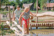 Spelen bij het vakantiepark van de Efteling