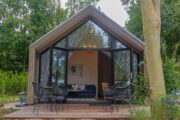 Tiny house op droompark in Bad Hoophuizen