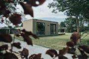 Modern houten vakantiehuis in Ouddorp aan Zee