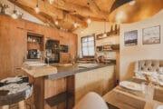 Keuken met stoere uitstraling in het vakantiehuis