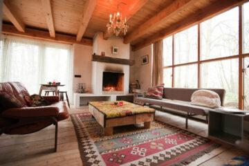 De woonkamer van de Cottage in Bergen in Noord-Holland