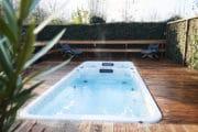 whirlpool met zwembad in de tuin